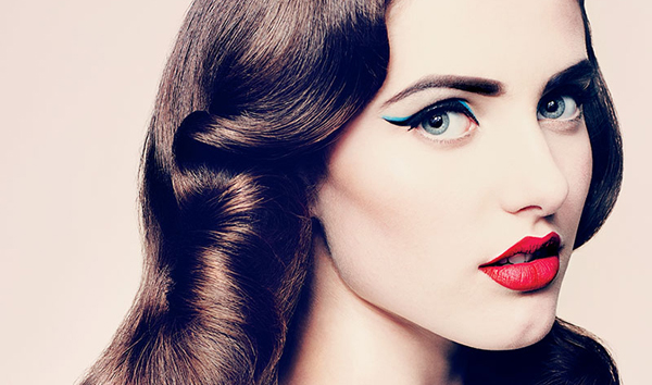 pin up makeup tutorial how to get the pin up girl look. Black Bedroom Furniture Sets. Home Design Ideas